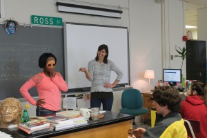 English teacher Lindsey Ross teaches her Freshman Literature and  Composition class with freshman Shimira Granger wearing a mask for the lesson. Photo by Alex Ring