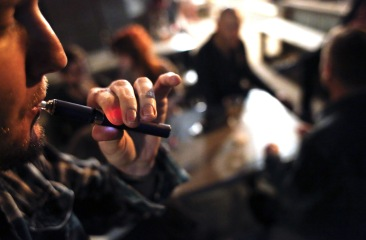 Study: As popularity of e-cigarettes rises, more smokers are able to quit